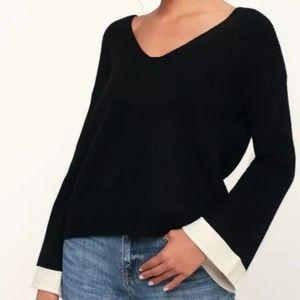 NWT! Lulu's Bell Sleeve Sweater